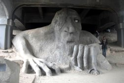 The Fremont bridge troll is one of the most visited offbeat attractions in Seattle, and one that Roguetrippers had to fit into our short visit.