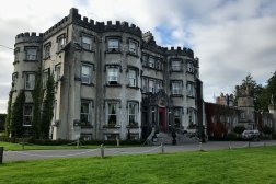 The beautiful Ballyseede castle is a luxurious hotel in Ireland.
