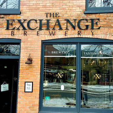 Roguetrippers-visit-Exchange-Brewery-on-day-trip-to-NOTL