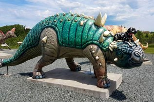Roadside attractions are a must for every road trip for rogue trippers.