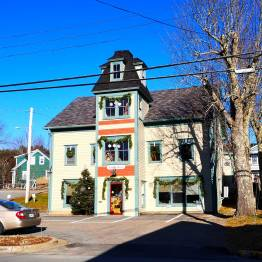 Christmas-Tour-of-Homes-Mahone-Bay