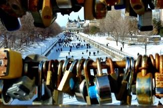 Locks-of-love-bridge-Rideau-Canal-skateway