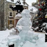 Bonhomme-Ice-Sculpture-quebec-Carnaval