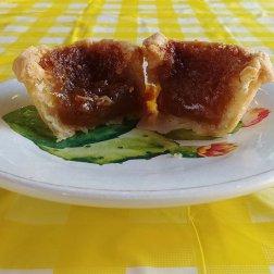 Roguetrippers' butter tart quest Doo Doo's Bakery Bailieboro