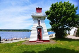 Roguetrippers Nicholas Kulnies at the Annapolis Royal Lighthouse