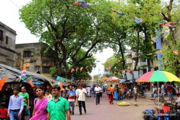 Streets around the temple were filled with shops, Street vendors and many pilgrims..