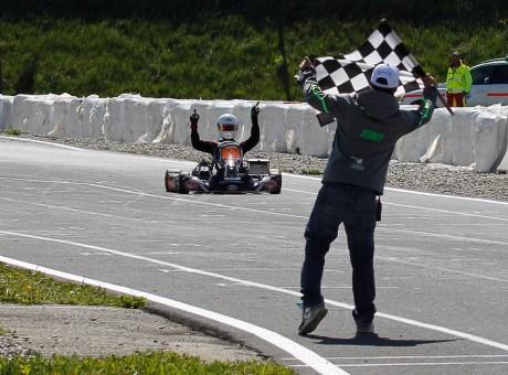 Nicolas Rohrbasser, coach karting, deivent champion suisse