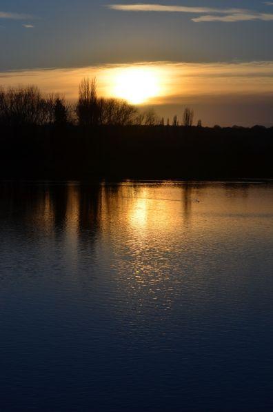 Sun on t' pond