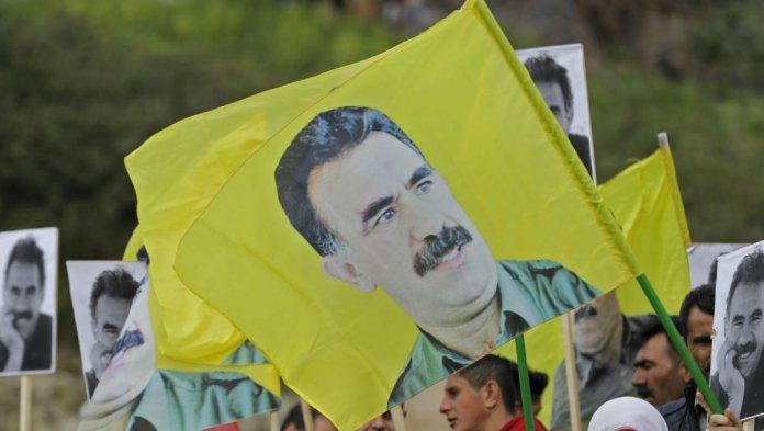 Suite à une rencontre avec leur client, les avocats d'Ocalan annoncent une conférence de presse.