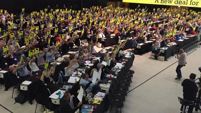 Le Congrès des syndicats britanniques réclame la liberté d'Öcalan