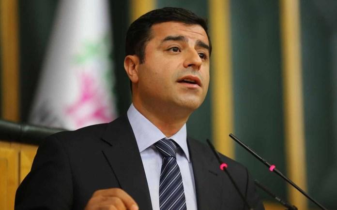 Turquie : libéré, Selahattin Demirtaş reste en prison