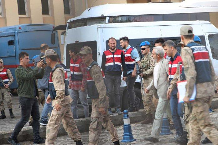 Le Co-maire de Diyarbakir reste en prison