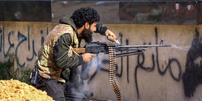 OSDH : Le MIT menace les mercenaires syriens pour qu'ils se rendent en Libye