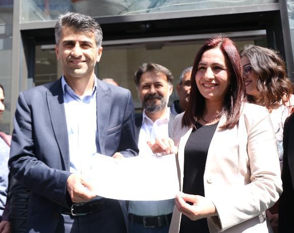 Un tribunal turc a condamné les co-maires HDP de la commune d'Ipekyolu (dans la province de Van), Azim Yacan et Şehzade Kurt, à des peines de prison