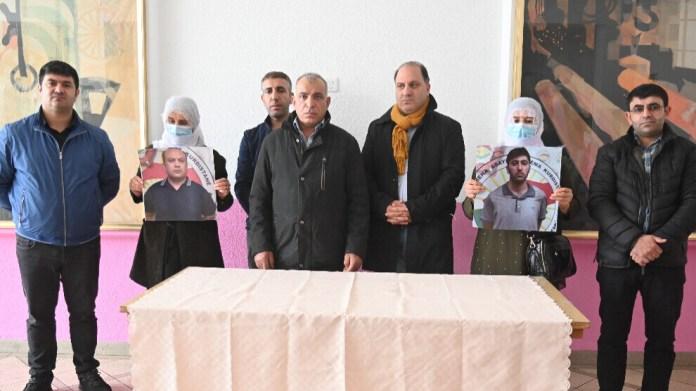 Les familles de deux Kurdes condamnés à la peine capitale au Sud-Kurdistan ont appelé le KRG à suspendre les sentences de mort.