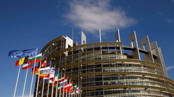 Les députés membres du Groupe d'amitié kurde au Parlement européen ont envoyé une lettre aux organisations kurdes et aux élus kurdes de différentes parties du Kurdistan, les appelant à ne pas céder «aux forces extérieures qui, pour des raisons qui leur sont propres, alimentent les conflits entre Kurdes».