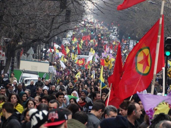 A l'occasion de son 42ème anniversaire, le comité exécutif du Parti des Travailleurs du Kurdistan (PKK) a publié un communiqué pour célébrer cette journée et exprimer sa «gratitude» envers le peuple kurde qui le «soutient depuis le premier jour» de sa lutte.