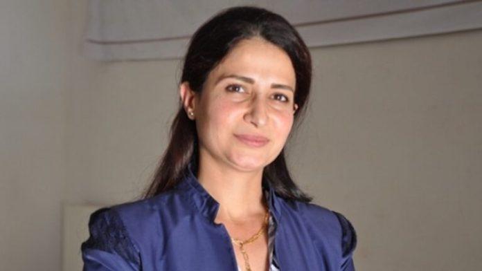 La femme politique kurde Hevrîn Khalaf figure en 4ème position des « 100 raisons pour juger le dictateur Erdogan », une campagne du TJK-E.