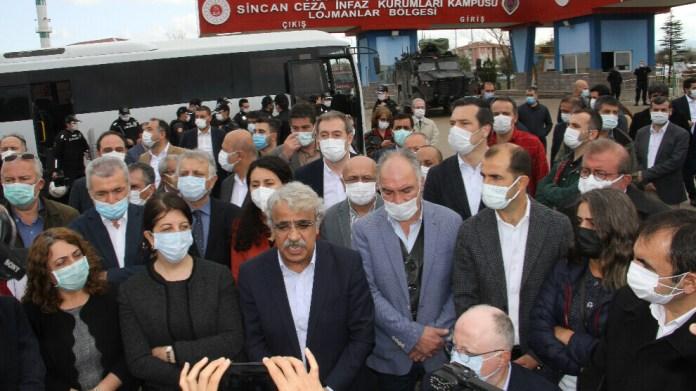 Avant le début du procès de Kobanê, le coprésident du HDP a déclaré : « Nous allons déjouer cette conspiration. »