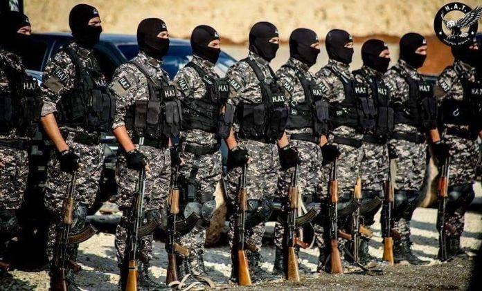 Lors d'une opération conjointe des unités antiterroristes et de la coalition internationale contre l'Etat islamique (EI), un membre important de l'EI a été arrêté lundi près de Deir ez-Zor, en Syrie.