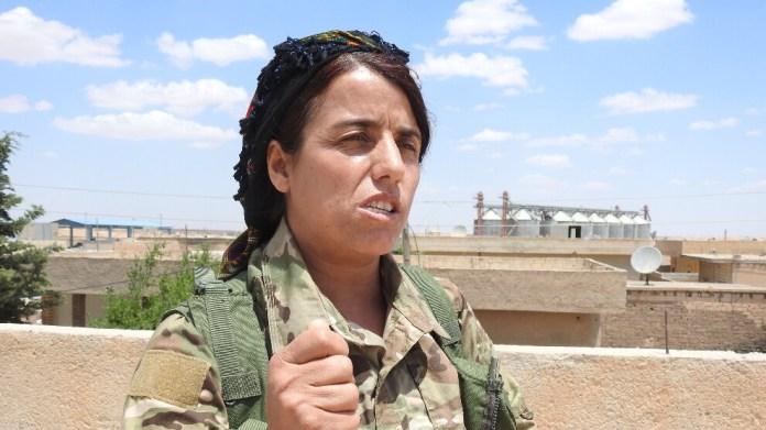 La Turquie augmente ses activités militaires dans la région d'Aïn Issa, au nord de la Syrie, selon une commandante des FDS