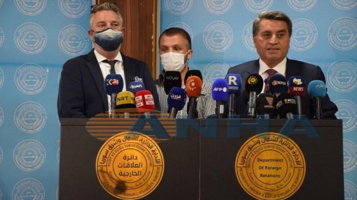 Le département des relations extérieures de l'AANES a remis aux Pays-Bas quatre personnes, une femme et trois enfants, liées à l'EI