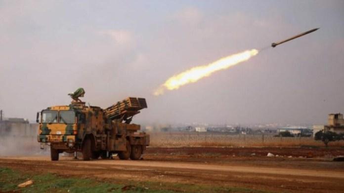 L'OSDH rapporte que les forces d'occupation turques bombardent les zones majoritairement kurdes, au nord de la Syrie