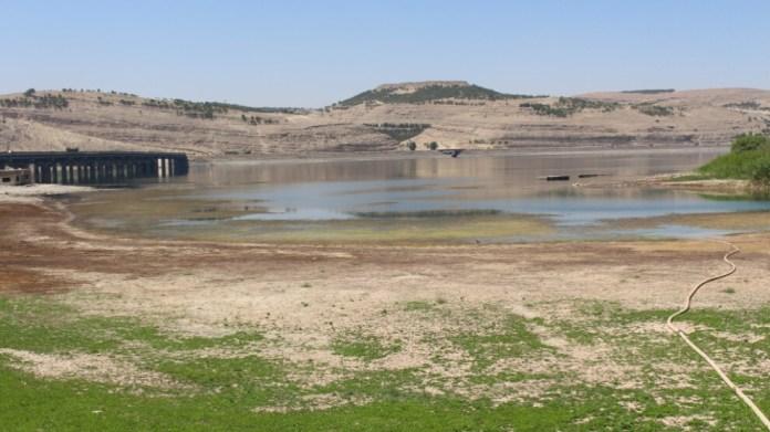 L'Assemblée du canton de Hassakê, au nord-est de la Syrie, a annoncé que l'occupant turc avait de nouveau fermé la station d'eau d'Alouk, appelant la communauté internationale à intervenir rapidement pour prévenir un désastre humanitaire.