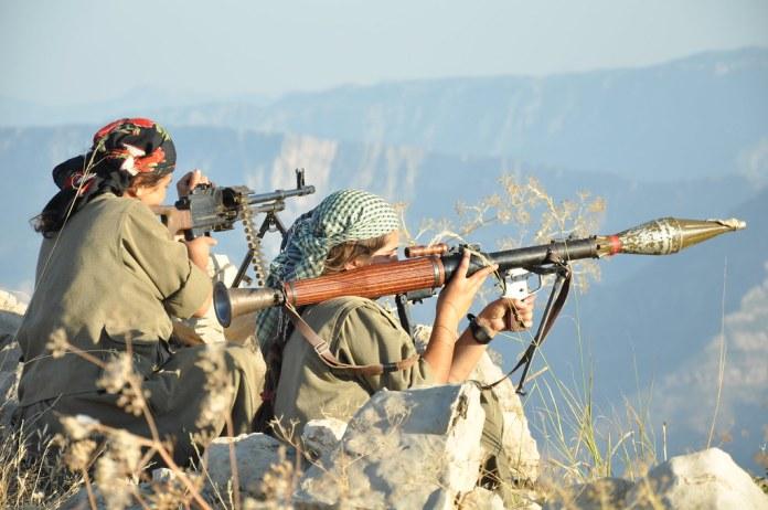A la suite de la résistance des guérilleros des Forces de défense du peuple (HPG, branche armée du PKK) l'armée turque a été contraint de se retiré de trois secteurs qu'elle tenté d'occuper depuis le 23 avril, dans le sud-Kurdistan (Irak).
