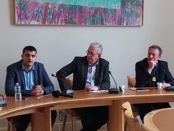 De retour du Sud-Kurdistan où il a participé à une délégation internationale pour la paix, le sénateur Pierre Laurent a donné ce jeudi une conférence de presse au Sénat afin de témoigner de la situation dans cette région du nord de l'Irak confrontée aux agressions militaires incessantes d'Ankara. «Nous voulons briser le silence», a-t-il déclaré, appelant à une solidarité accrue avec les Kurdes.