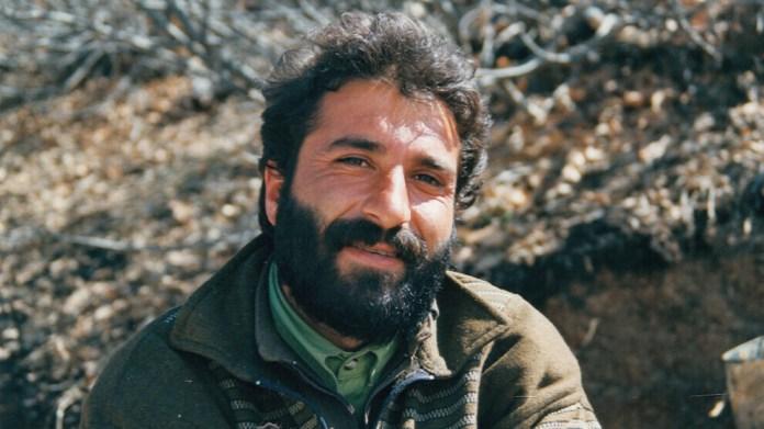 Aucun artiste n'a autant façonné la musique de la guérilla kurde que Hozan Serhat, à la fois musicien, révolutionnaire et guérillero