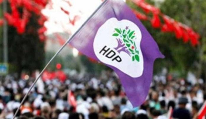 L'alliance gouvernementale AKP-MHP mène depuis des années des politiques sexistes et misogynes effrénées visant à légaliser la violence sexuelle et l'abus de pouvoir, a déclaré le Conseil des femmes du HDP à propos d'une nouvelle loi qui favorise l'impunité des délinquants sexuels en Turquie.