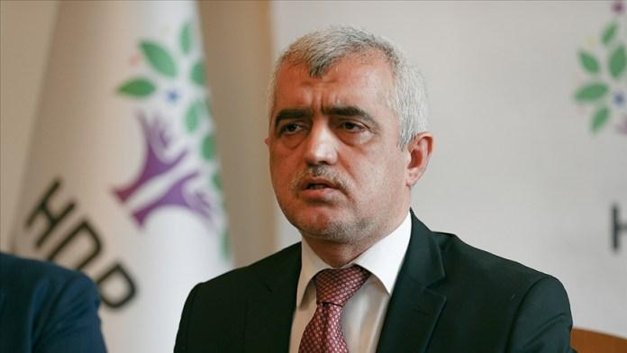 Le Député HDP Ömer Gergerlioglu a été arrêté le 2 avril après révocation de son mandat parlementaire. Saisie, la cour constitutionnelle turque a jugé jeudi que ses droits avaient été violés.