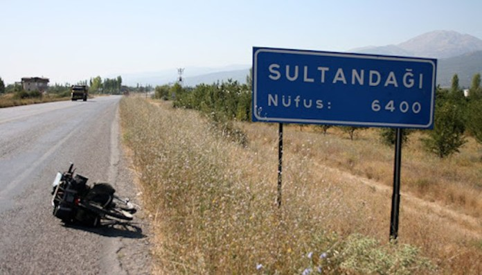 7 kurdes blessés lors d'une attaque raciste à Afyon
