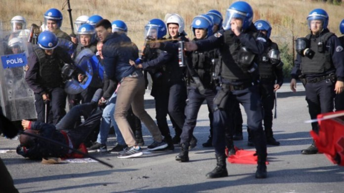 La TIHV a signalé que 1 098 défenseur-ses des droits humains avaient été arrêtés entre le 1er mars et le 31 août 2021