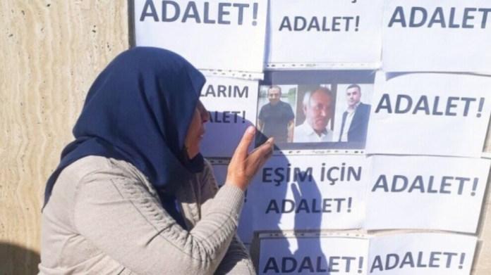 Cela fait 200 jours que la famille Senyasar proteste contre l'impunité, devant le palais de justice d'Urfa.