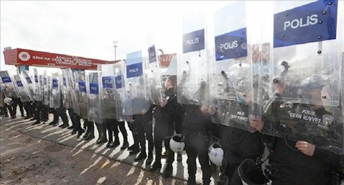 Les journalistes et les observateurs n'ont pas été autorisés à assister à la dernière audience du «procès Kobanê» qui vise le Parti démocratique des Peuples (HDP).