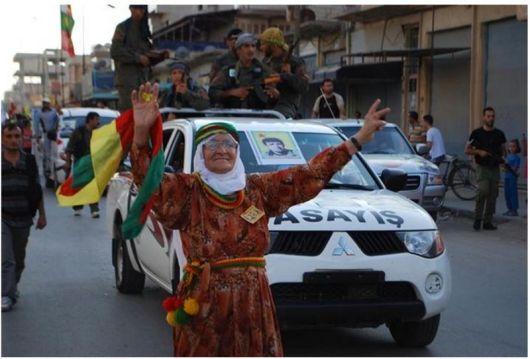 YPG-Guerillas.Funeral-ceremony-12