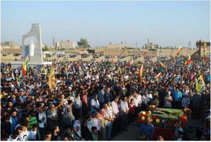 YPG-Guerillas.Funeral-ceremony-4