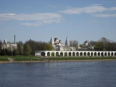 9-Great-Novgorog-the-Volkhov-river-Yaroslavs-Court