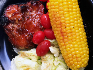 Grilled Chicken, corn and salad