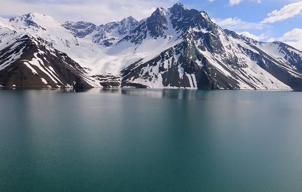 El Yeso Reservoir Blue Green Waters