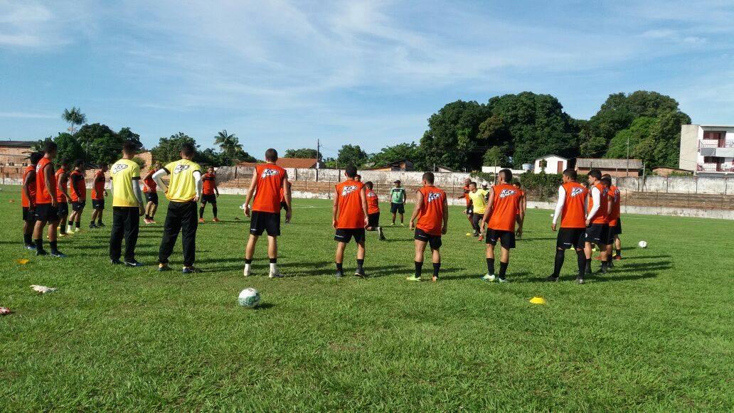 São Raimundo faz coletivo e Lecheva começa definir o time para o jogo contra Fast