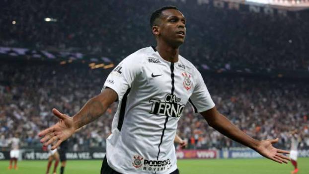 Corinthians vence o Fluminense e é campeão brasileiro