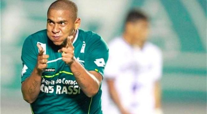 Atacante Walter 'Gordinho' é a nova contratação do Paysandu