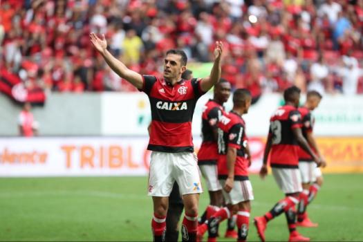Que tiro foi esse? Com golaço de Rhodolfo, Fla vence o Nova Iguaçu em Brasilia