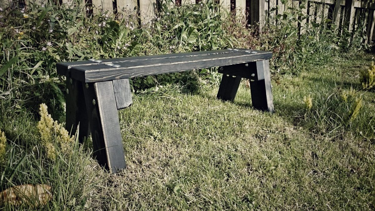 unbreakable garden bench