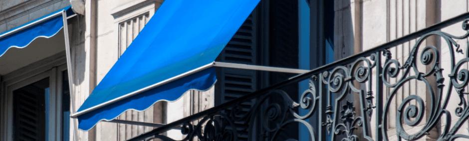 zabezpieczenie balkonu przed sloncem