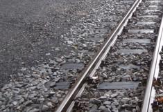 Gleise überwinden mit dem Rollator