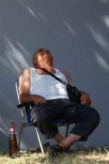 people sleeping avante 1209 s3pro 75-300 20x30 colour